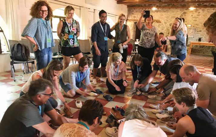 Kreativ øvelse på samhandling og evne til fokusering i totalt kaos